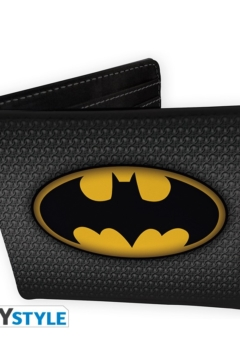 dc-comics-wallet-batman-suit-vinyl